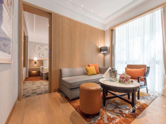 曼谷假日酒店(Holiday Inn Bangkok)精緻套房