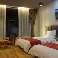 日喀則唐拉雅吉酒店酒店預訂