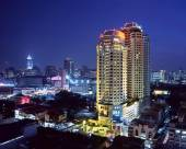 曼谷晶鑽大飯店