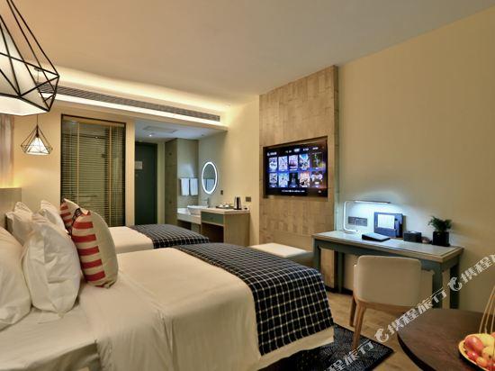 美豪酒店(常州恐龍園旗艦店)(Mehood Hotel (Changzhou Dinosaur Park Flagship))精緻雙床房