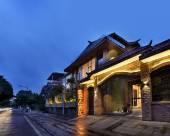 桂林玖米宿江酒店