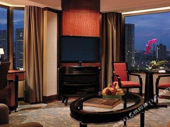 曼谷香格里拉大酒店(Shangri-La Hotel Bangkok)香格里拉樓河景行政套房