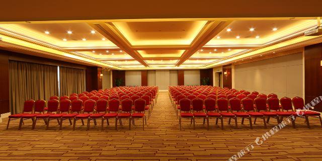 张家港中油泰富国际酒店1-3晚 可加购张家港金凤凰温泉