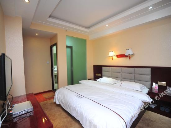 Yi Feng Bussiness Hotel