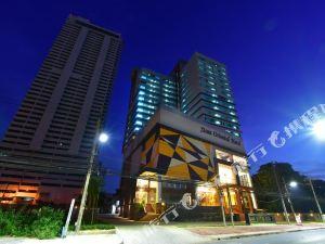 暹羅東方酒店(Siam Oriental Hotel)