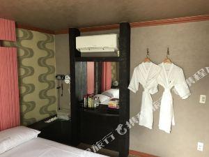 釜山Buckingham汽車旅館(Buckingham Motel Busan)