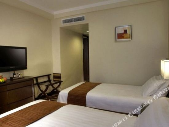 香港九龍維景酒店(Metropark Hotel Kowloon)維景連通四人房