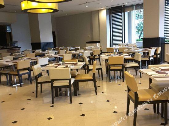 吉隆坡偉士達納酒店(Vistana Kuala Lumpur Titiwangsa)餐廳
