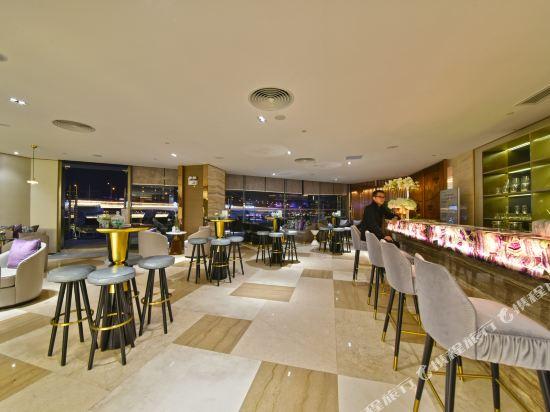 港潤寓上江灣公寓(廣州沿江天字碼頭店)(原江灣大酒店)(Gangrun Yushang Jiangwan Apartment (Guangzhou Yanjiang Tianzi Wharf))酒吧