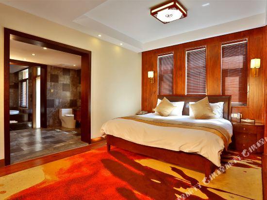 天目湖御湖半島温泉酒店(The Peninsula of Royal Lake Hotels)五居室別墅