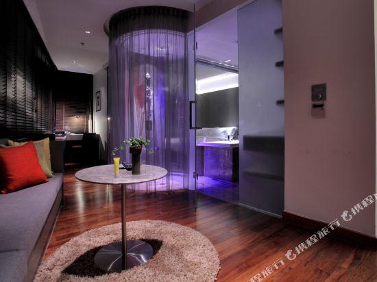 曼谷利特酒店(LiT BANGKOK Hotel)全光譜套房