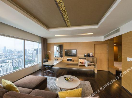 曼谷帕色哇公主酒店(Pathumwan Princess Hotel)套房