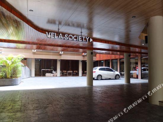 曼谷維拉酒店(Vela Hotel Bangkok)停車場