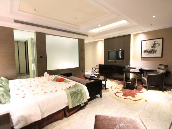 維納斯皇家酒店(佛山南海萬達廣場店)(原凱利萊國際酒店)(Venus Royal Hotel (Foshan Nanhai Wanda Plaza))行政商務套房