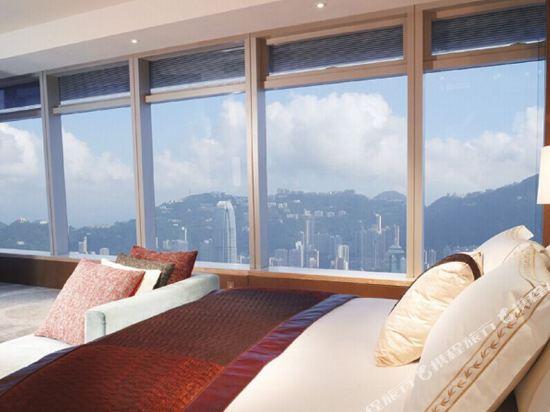 香港麗思卡爾頓酒店(The Ritz-Carlton Hong Kong)特級豪華海景客房