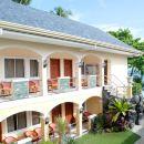 薄荷島阿爾納邱白沙灘度假村酒店(Alona Kew White Beach Resort Bohol)
