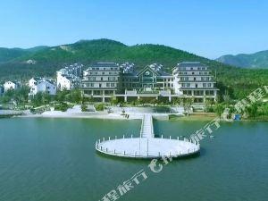 五蓮松月湖藍海鈞華大飯店