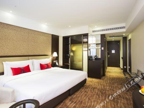 台北王朝大酒店(Sunworld Dynasty Hotel Taipei)行政豪華客房一大床