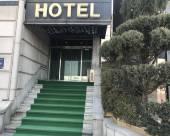 海蘭德汽車旅館