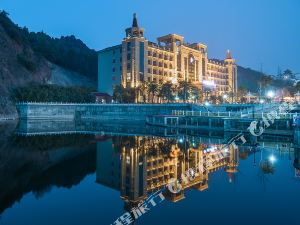 雷山德豐凱隆溫泉酒店