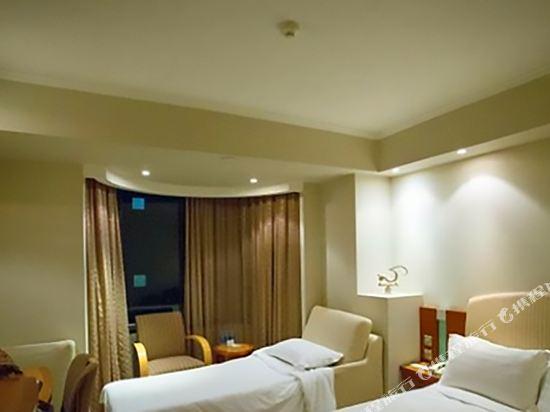 澳門帝濠酒店(Emperor Hotel)高級三人房