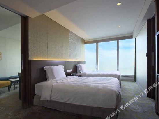大阪萬豪都酒店(Osaka Marriott Miyako Hotel)ベッドルーム