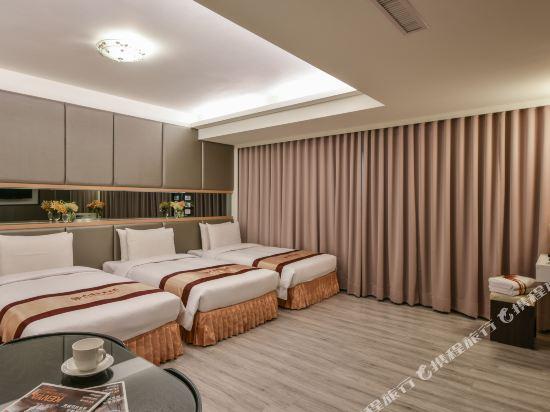 高雄首福大飯店(Harmonious Hotel)三人房