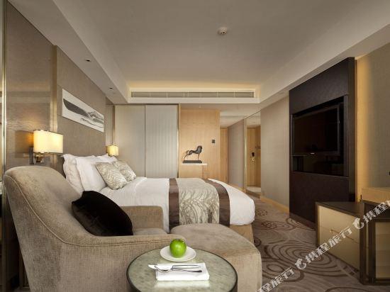 香港帝苑酒店(The Royal Garden Hotel)高級房