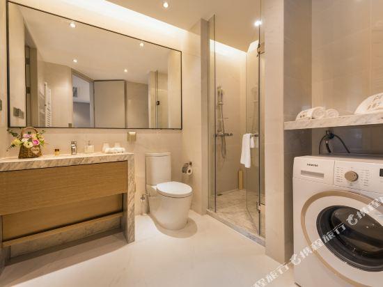 杭州印泰晤士·庭悅酒店(Thames Tingyue Hotel)豪華江景大床房