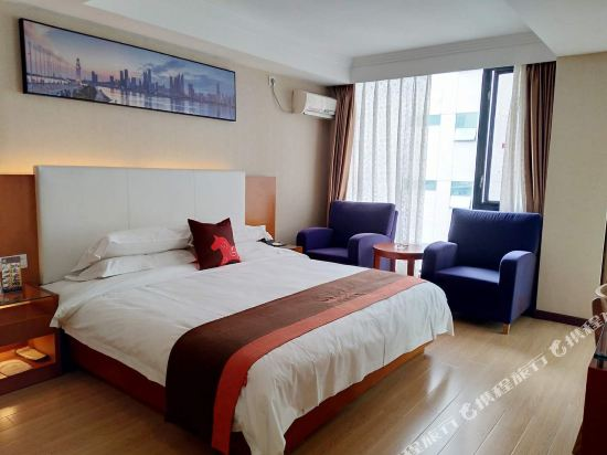 Jun Hotels (Zhuhai Middle Qinglv Road Opera House)
