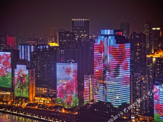 港潤寓上江灣公寓(廣州沿江天字碼頭店)(原江灣大酒店)(Gangrun Yushang Jiangwan Apartment (Guangzhou Yanjiang Tianzi Wharf))豪華江景大床房