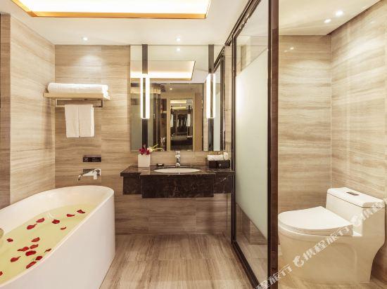 珠海香江維克酒店(Zhuhai Hongkong Victory Hotel)豪華大床房