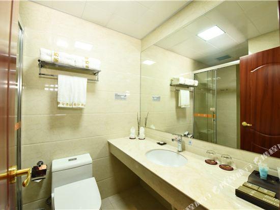 薩維爾金爵·鹿安酒店(上海國際旅遊度假區浦東機場店)(Savile Knight Lu'an Hotel (Shanghai International Tourism and Resorts Zone Pudong Airport))標準雙床房