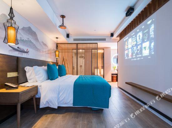 美豪麗致酒店(深圳福田會展中心店)(Mehood Lestie Hotel (Shenzhen Futian Convention and Exhibition Center))雅緻影院套房
