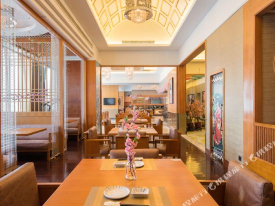 東莞石碣富盈酒店(Cinese Hotel Dongguan Shijie)餐廳