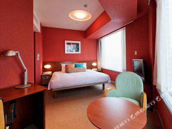 品川王子大飯店(Shinagawa Prince Hotel)附屬塔樓高層特大床房
