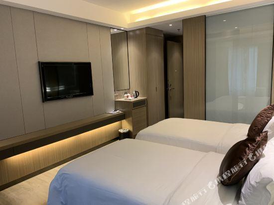 中山特高商務酒店(Tegao Business Hotel)高級雙人房