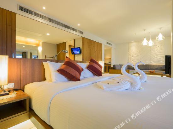 G華欣度假酒店及購物中心(G Hua Hin Resort & Mall)按摩浴缸泳池套房