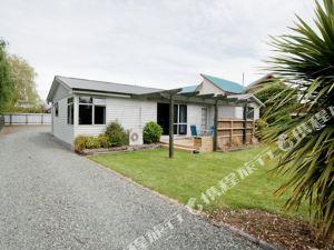 峽灣自助式別墅酒店(Accommodation Fiordland Self Contained Cottages)