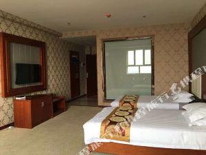 博爾塔拉東港明珠大酒店