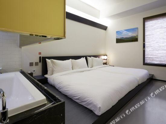 首爾明洞喜普樂吉酒店(Sotetsu Hotels The SPLAISIR Seoul Myeongdong)高級拉泰赫家庭房