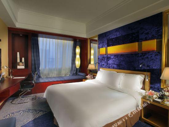 珠海來魅力假日酒店(Charming Holiday Hotel)豪華城景大床房
