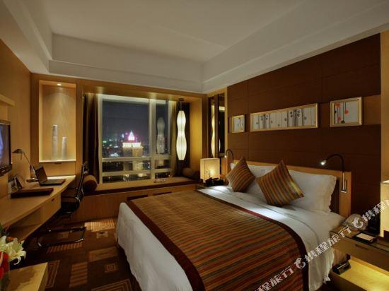 珠海來魅力假日酒店(Charming Holiday Hotel)行政城景大床房