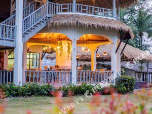 考拉海威海灘度假村(Hive Khaolak Beach Resort)