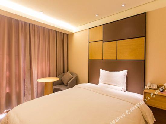 全季酒店(上海虹橋中山西路店)特惠雙床房
