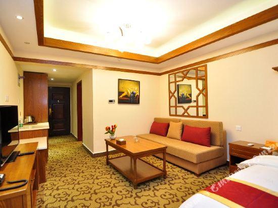 明凡居酒店(昆明王府井中心店)(Mingfanju Hotel (Kunming Wangfujing))豪華大床房