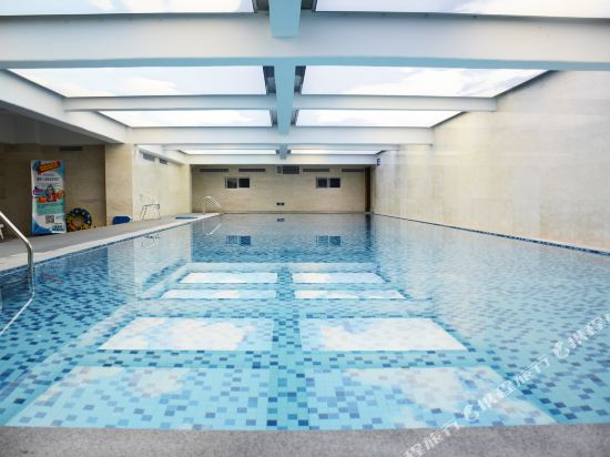 上海浦東主題樂園萬信酒店(Wassim Hotel (Shanghai Pudong Theme Park))室內游泳池