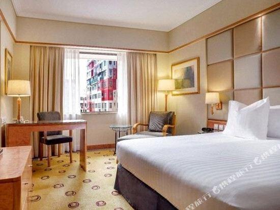 香港柏寧鉑爾曼酒店(The Park Lane Hong Kong a Pullman Hotel)標準四人連通房