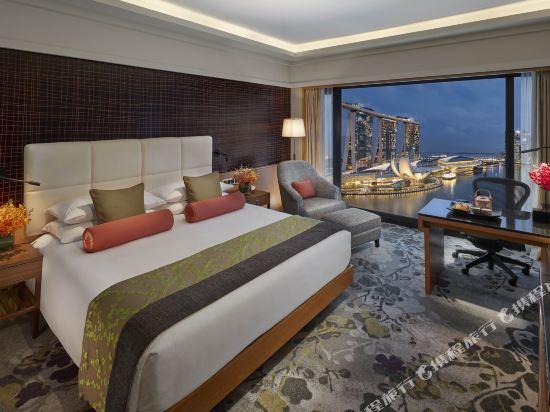 新加坡文華東方酒店(Mandarin Oriental, Singapore)行政樓層濱海灣房
