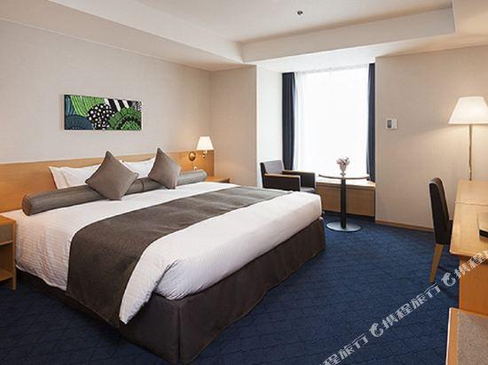 札幌格蘭大酒店(Sapporo Grand Hotel)東樓舒適轉角大床房
